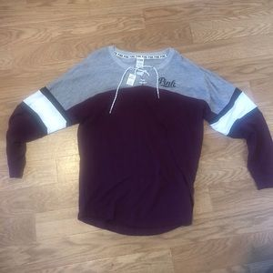 Fun comfortable maroon sweatshirt